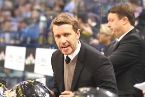Coach Franz Fritzmeier - © by Eishockey-Magazin (RH)