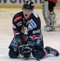 Vom Eis hinter die Bande: Fabian Krull wird Teambetreuer der Falken