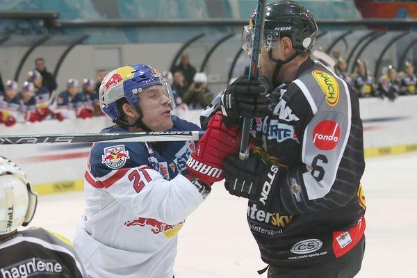 Brett Sterling (EC RBS) and Jonathan D Aversa (Dornbirn). Photo: GEPA pictures/ Mathias Mandl