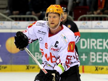 Mike Moore - Fischtown Pinguins
