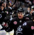 Ice Tigers mühelos gegen die Krefeld Pinguine