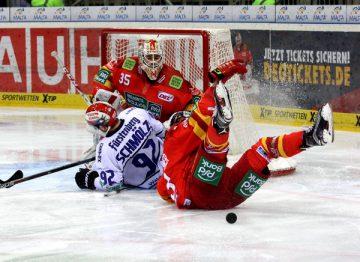 Mehr straucheln als Eishockey bei DEG-SChwenningen - © by EH-Mag. (DR)