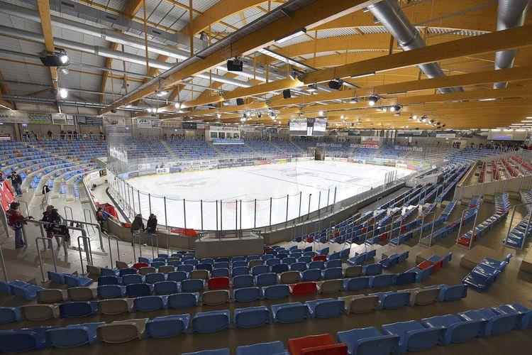 Eisstadion Bremerhaven, Fischtown Pinguins Bremerhaven - ERC Ingolstadt  Foto: ISPFD