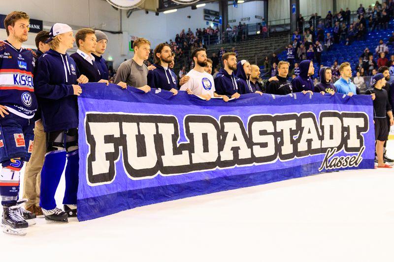 Fuldastadt, Huskies verabschieden sich von den Fans - © by Eh.-Mag. (SD)