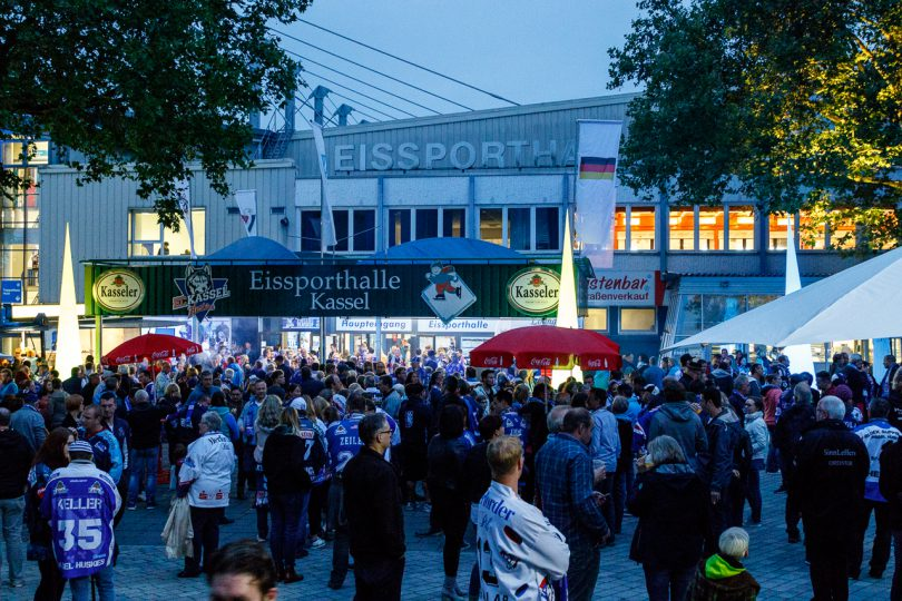 Fanfest nach dem Wingas-Cup - © by Eh.-Mag. (SD)