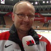 Total verrückt: Eishockeyfan Olaf aus Schleswig Holstein supportet Team Japan!