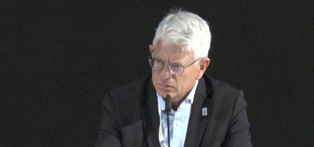 """""""Die Drittelpause"""": Franz Reindl, Präsident des DEB – es gibt einige offene Fragen zu ihm und zur Situation rund um das Deutsche Eishockey"""