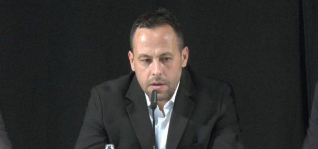 Bundestrainer Sturm lässt seine Zukunft offen