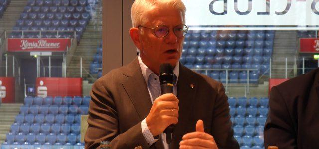 DEB-Präsident Franz Reindl strebt Kandidatur als IIHF Präsident an