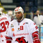 Kai Schmitz verlängert Funktion als Kapitän und sportlicher Leiter