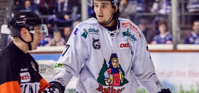 Marvin Neher bleibt Freiburg treu