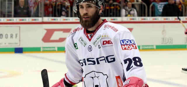 Kölner Haie lizenzieren Stürmer Landon Ferraro
