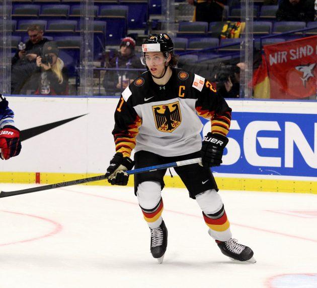Moritz Seider verstärkt DEB-Auswahl für IIHF-WM 2021