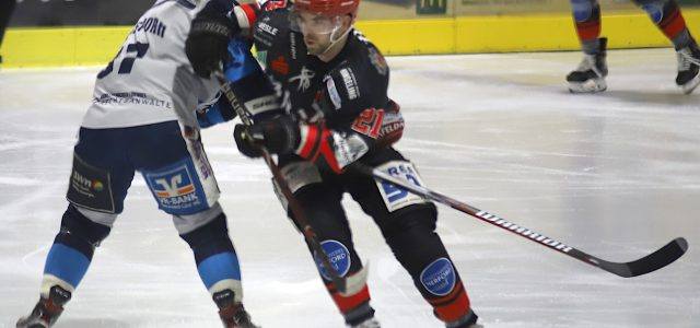 Nils Bohle bleibt den Ice Dragons erhalten