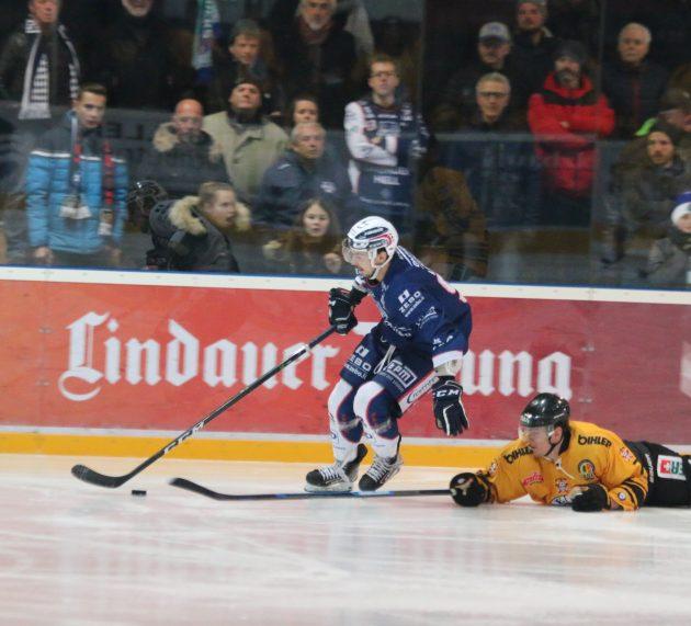 Lindau: Doppeltest gegen die Oberligakonkurrenten vom EV Füssen