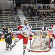 Das weißrote Kämpferherz schlägt auch im Messestadion – Stark dezimierte Foxes gewinnen in Dornbirn mit 3:2