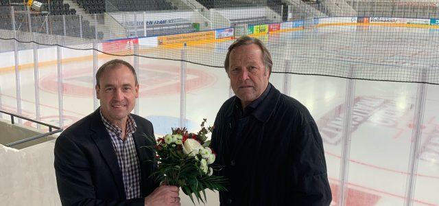 Gratulationen und eine Stadionführung für Erich Kühnhackl
