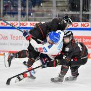 Ice Tigers bieten dem Tabellenführer lange Paroli