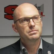 Jason Dunham bleibt für drei weitere Spielzeiten Sportlicher Leiter der Straubing Tigers