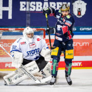 Eisbären Berlin lassen Schwenninger Wild Wings beim 6:2 keine Chance