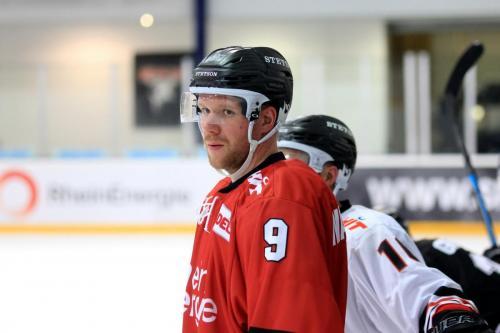 Marcel Müller - KEC