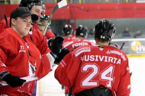 Lucas Eckardt, Lasse Uusivirta (EVD)