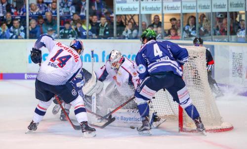 Eishockey, DEL, Iserlohn, Iserlohn Roosters vs. EHC Red Bull Muenchen